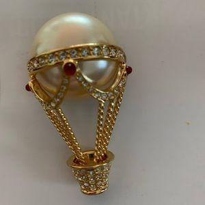 Vintage Kenneth J. Lane hot air balloon brooch
